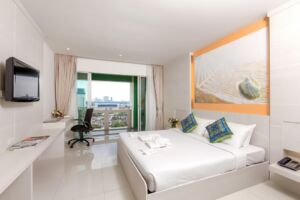 free & easy hotel tour package bangkok